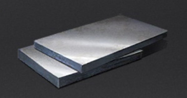 硬いアルミ合金|武器の半製品