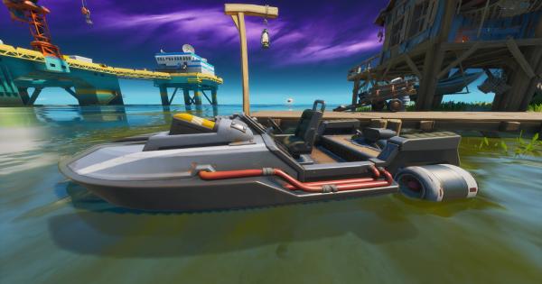 モーターボートでジャンプする