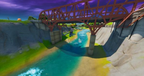 Choppaでパープル、レッド、ブルーの橋の下を潜り抜ける