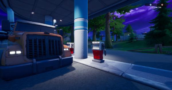 キャティ・コーナーで乗り物に燃料を入れる