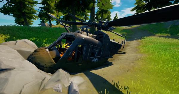 墜落した黒いヘリコプターを調査する