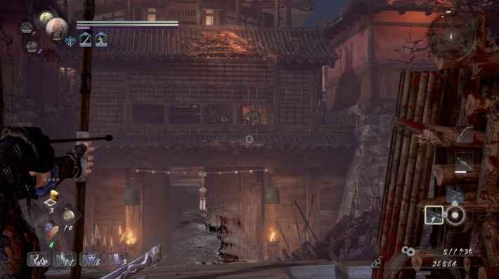 門の上にいる狙撃手を遠距離攻撃で倒す