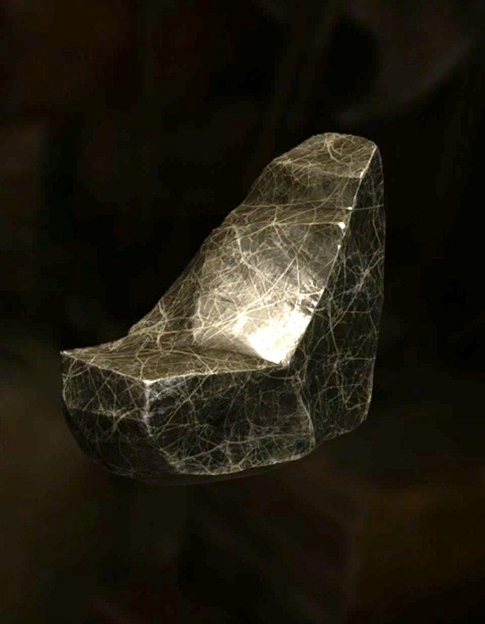 蜘蛛糸鋼の塊