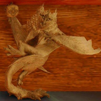天狗獣の木彫り
